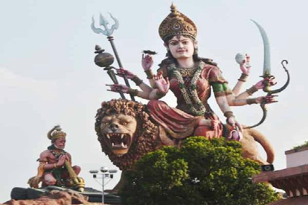 वर्ल्ड रिकॉर्ड में शामिल है मां वैष्णो का ये मंदिर, हनुमान जी करते हैं रक्षा (Watch Pics)