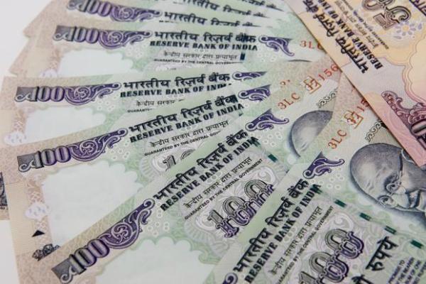 10 फीसदी ATM से सिर्फ 100 के ही निकलेंगे नोट