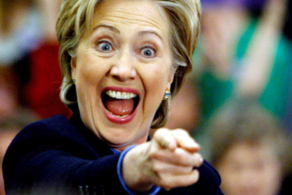 चुनाव से पहले हिलेरी को बड़ी राहत, FBI ने ईमेल मामले में दी क्लीन चिट