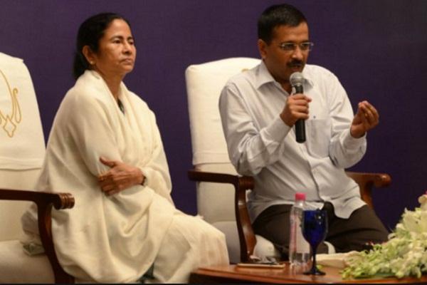 PM मोदी ने माल्या को भगाया: केजरीवाल