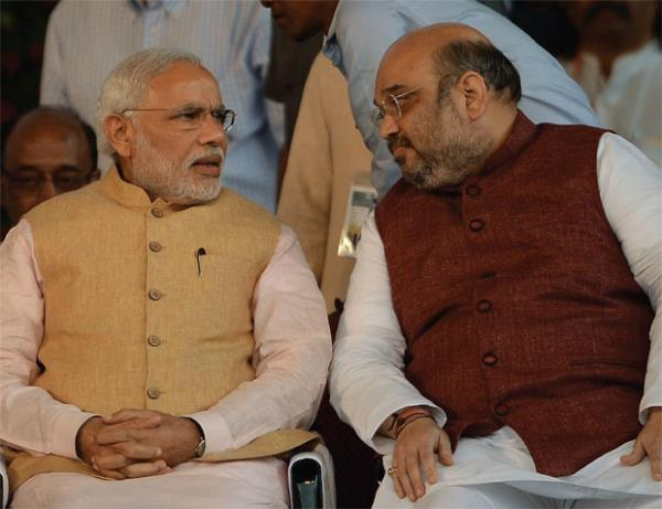 PM मोदी ने अपने सांसदों और विधायकों से मांगी उनके बैंक खातों की डिटेल