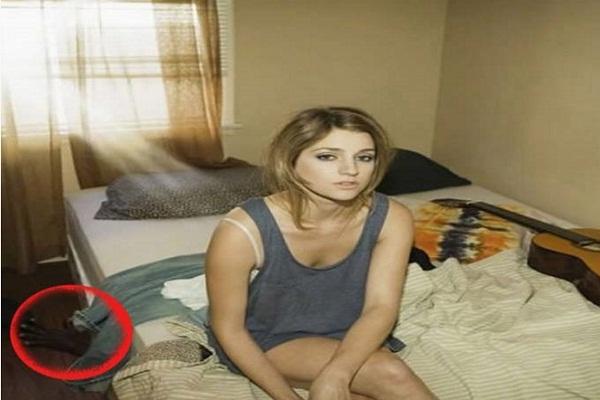 एक तस्वीर ने खोली 'Cheater' पत्नी की पोल,पति ने दे दिया तलाक