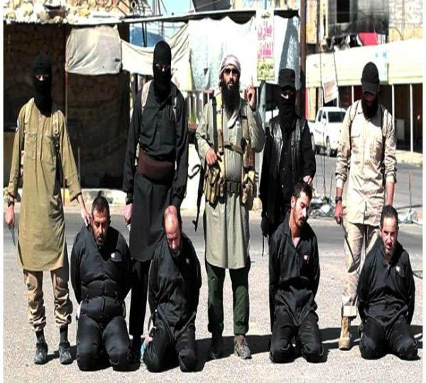 ISIS की बर्बरता की नई तस्वीर, 12 लोगों को उतारा मौत के घाट