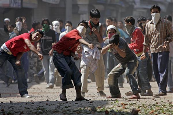 कश्मीर में अलगाववादियों ने 24 नवंबर तक बढ़ाई हड़ताल : शनिवार और रविवार को पूरे दिन ढील