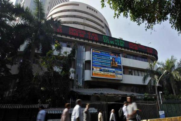 शेयर बाजार में तूफानी तेजी, सैंसेक्स 456 अंक ऊपर