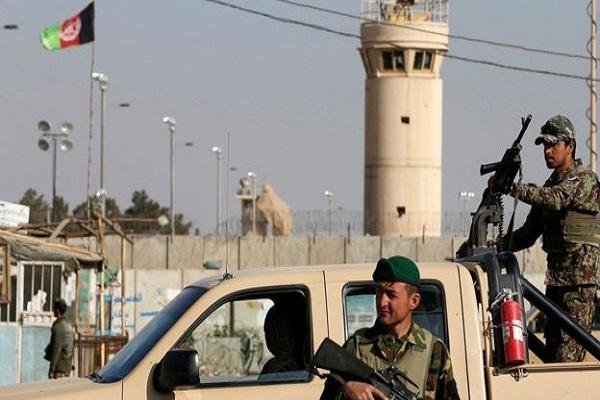 अफ़गानिस्तानः  आत्मघाती हमले में गई 4 अमरीकियों की जान