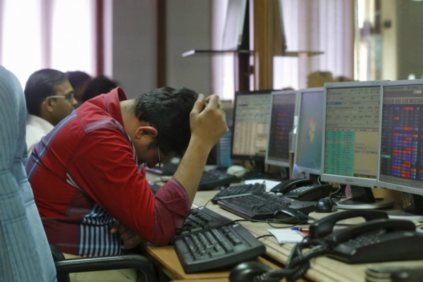 शेयर मार्कीट में ट्रंप की आंधी, 15 मिनट में 6 लाख करोड़ का नुकसान