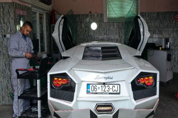स्पोर्ट्स कार के जुनून ने कर दिया कमाल, बना डाली खुद की 'लेम्बोर्गिनी'
