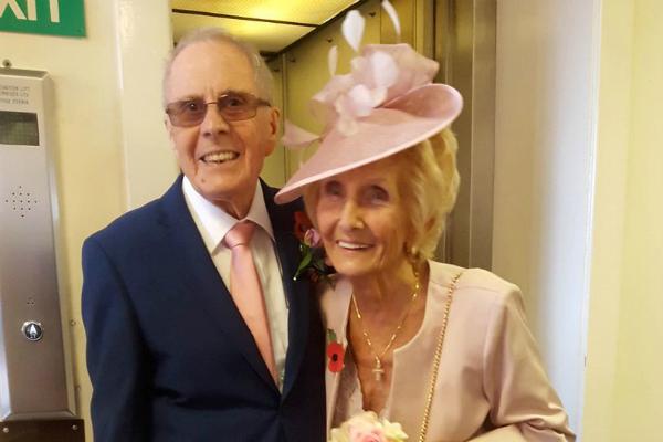 सगाई के 65 साल बाद हुई इनकी शादी(Pics)