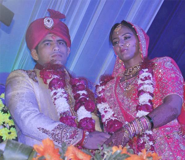 रेसलर गीता फोगाट ने लिए 8 फेरे, देखिए शादी की Inside तस्वीरें