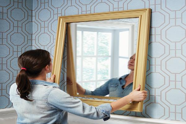 Mirror भी लाता है बैड लक, जानिए कुछ टिप्स जो बढ़ाएंगे आपका गुड लक