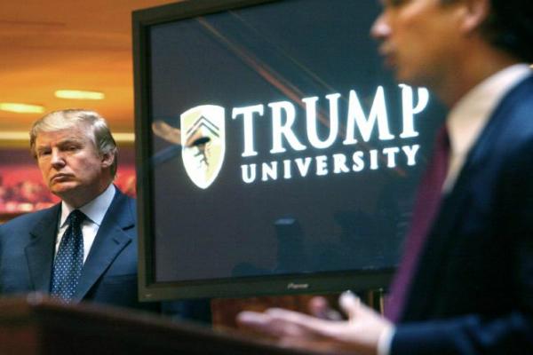 ट्रंप विश्वविद्यालय मामले को जज ने कोर्ट से बाहर निपटाने की सलाह दी