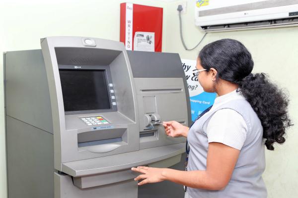 मुश्किलें अभी नहीं होंगी खत्म, ATM नैटवर्क तैयार करने में लगेगा समय