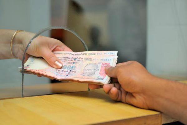 RBI ने कहा, नोट बदलवाने के लिए ID जमा कराना जरूरी नहीं