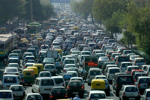 10 साल से पुराने डीजल वाहनों का पंजीकरण रद्द कर रही है दिल्ली सरकार