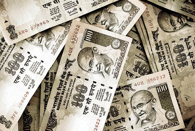 हजार के नोट से ज्यादा 100 रुपए के नकली नोट