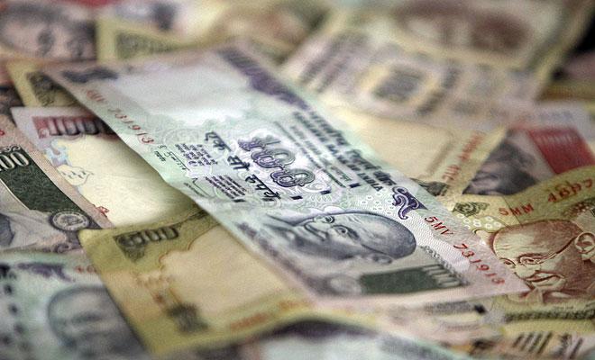 100 रुपए के लिए लोग परेशान, चिल्लर की किल्लत