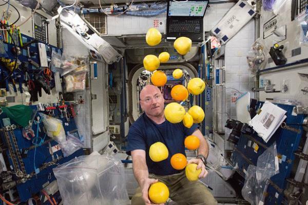 गहरे अंतरिक्ष के अभियानों के लिए ब्रेकफास्ट फूड बार तैयार कर रहा नासा