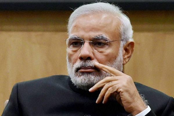'मोदी बन गए हैं पेटीएम के प्रधानमंत्री'