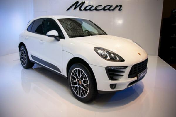 Porsche ने पेश किया Macan R4 मॉडल