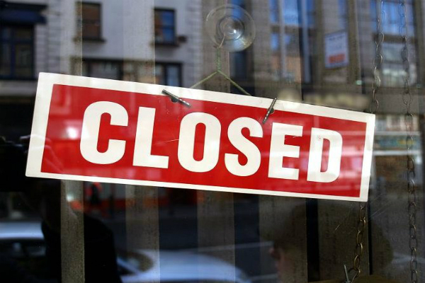 आयकर छापों के बाद आभूषण विक्रेताआें ने आठवें दिन भी दुकानें बंद रखीं