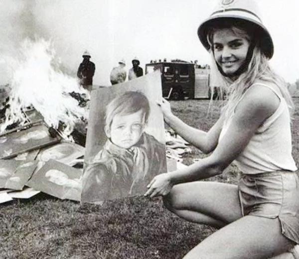 जिस घर में लगी इस बच्चे की 'शापित' पेंटिंग, जलकर हो गया खाक!