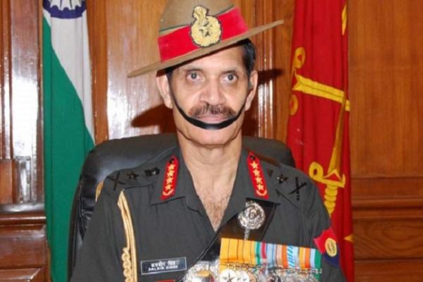 सेना प्रमुख ने एलआेसी पर सैनिकों से सतर्क रहने को कहा