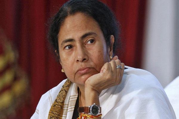 ममता ने नोटबंदी पर केंद्र सरकार को दिए सुझाव