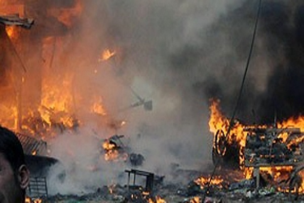 पाकिस्तान: मौत का बदला लेने के लिए डायनामाइट से उड़ा दिया पूरा बाजार