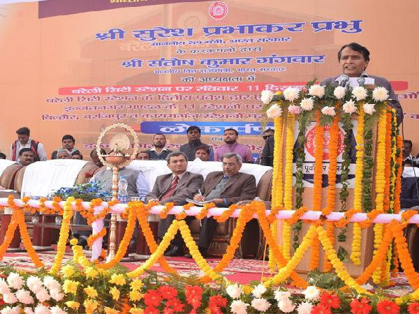 रेलवे ने पिछले 5 वर्षों की अपेक्षा UP को 3 गुना ज्यादा का बजट किया आबंटित: प्रभु