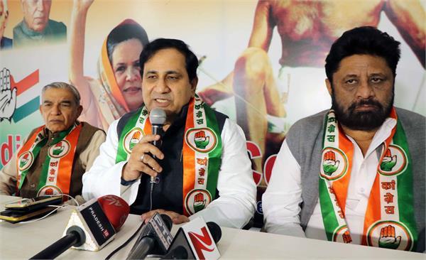कांग्रेस का भाजपा पर निशाना, नेता ड्रामा करने में माहिर: शकील अहमद