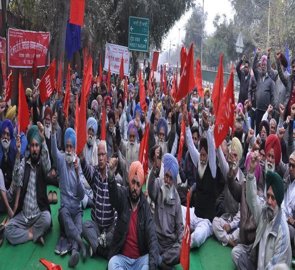 'पंजाब सरकार PRTC को खत्म करने पर तुली'
