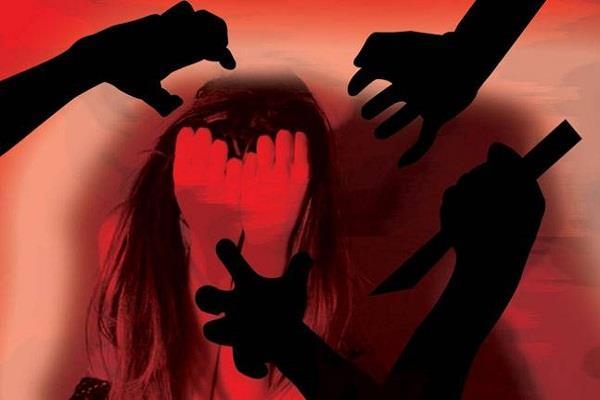 रोंगटे खड़े कर देनेवाली एक वारदात, महिला का अपहरण कर 7 दिनों तक गैंगरेप!