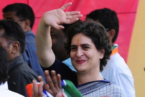 सपा-कांग्रेस गठबंधन की चर्चाएं तेज, सपा में भी उठने लगी प्रियंका की मांग