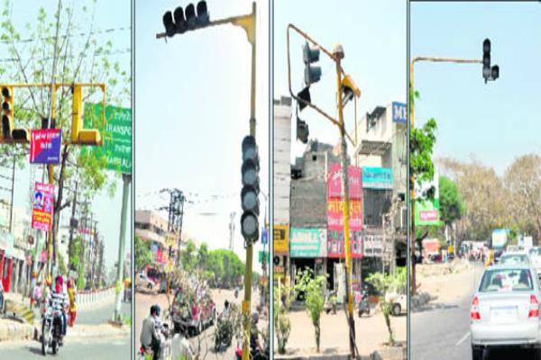 जिला बने हो गए 50 साल- traffic लाइटों को तरस रहा शहर