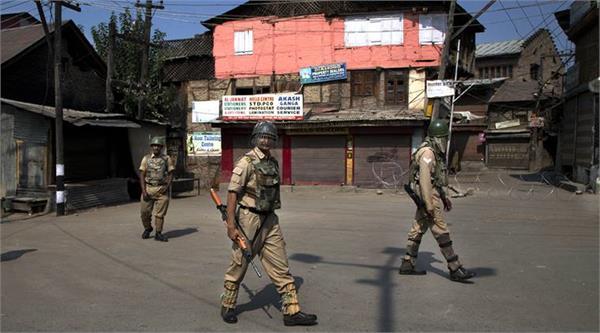 घाटी में शुक्रवार: भारी सुरक्षाबलों की तैनाती, पुराने शहर में सुरक्षा कड़ी
