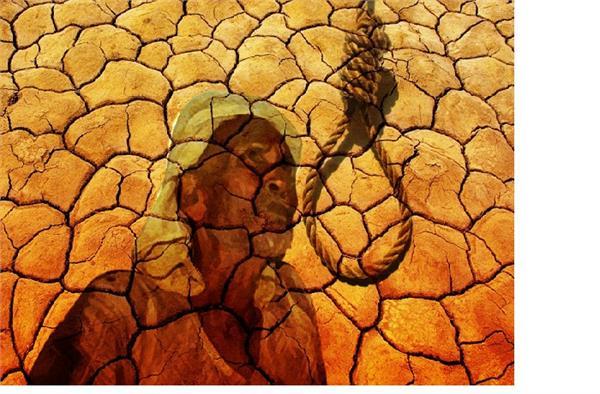 कर्ज के बोझ तले दबे एक और किसान ने लगाई फांसी
