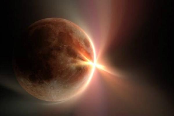 सूर्य ग्रहण काल में करें उपाय, पूरी होंगी मन की इच्छाएं