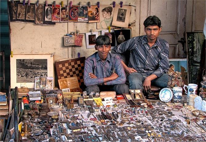 दिल्ली का चोर बाजार के लिए इमेज परिणाम