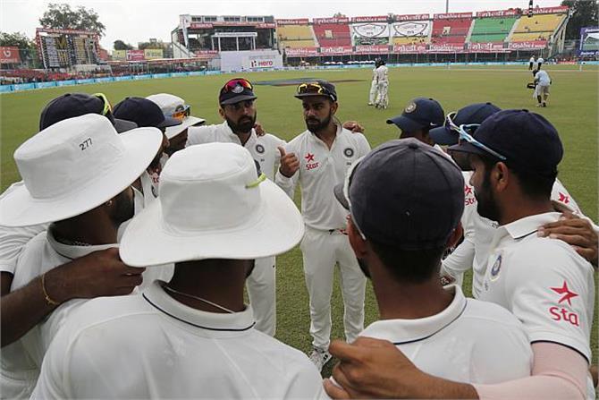 NZ 2nd test: पहले दिन का खेल खत्म,  बैकफुट पर टीम इंडिया