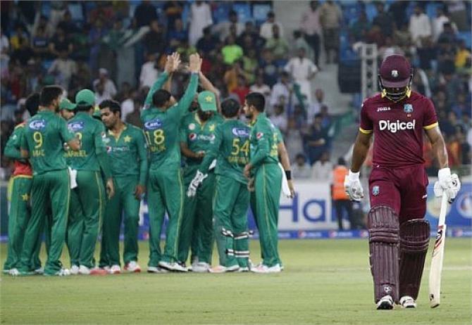 पाकिस्तान ने वैस्टइंडीज को 16 रन से हराकर श्रृंखला जीती