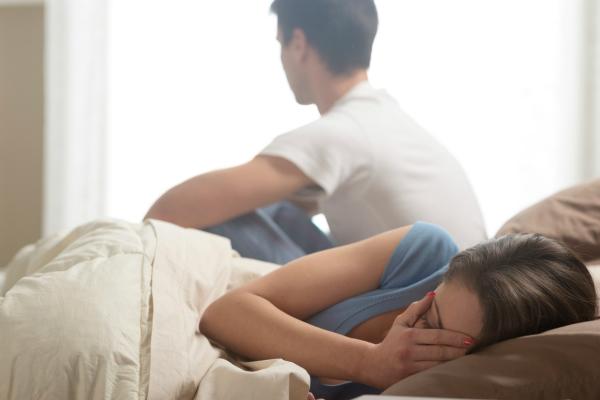 लव लाइफ को कमजोर करती है Bed Sheet, रखें ध्यान