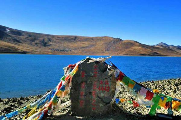 तिब्बत का भविष्य बताने वाली झील, देवी को नाराज करने वाला बनता है मृत्यु का ग्रास