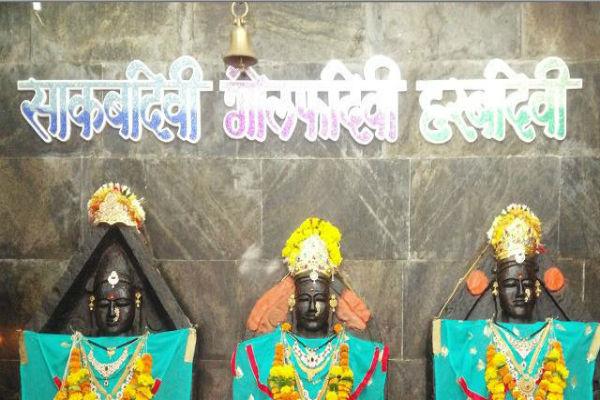 गोल्फा देवी मंदिर: यह देवी 'हां'-'न' में उत्तर देती हैं