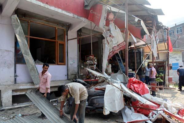 सौली खड्ड में हुआ धमाका, 3 दुकानों के शटर उड़े