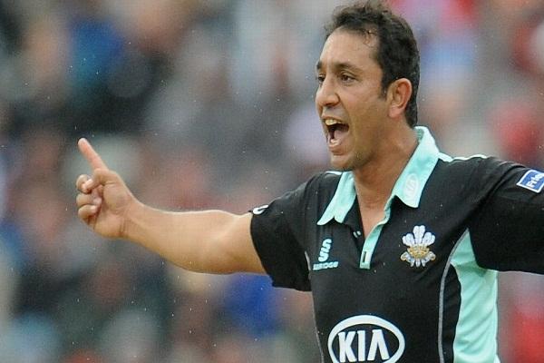 पाकिस्तान के गेंदबाजी कोच बने रहेंगे अजहर
