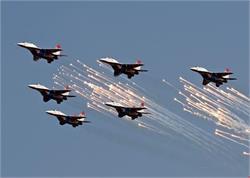 वायु सेना के फ्लाइंग अभ्यास के कारण आगरा-लखनऊ एक्सप्रेस-वे पर यातायात 24 तक बंद