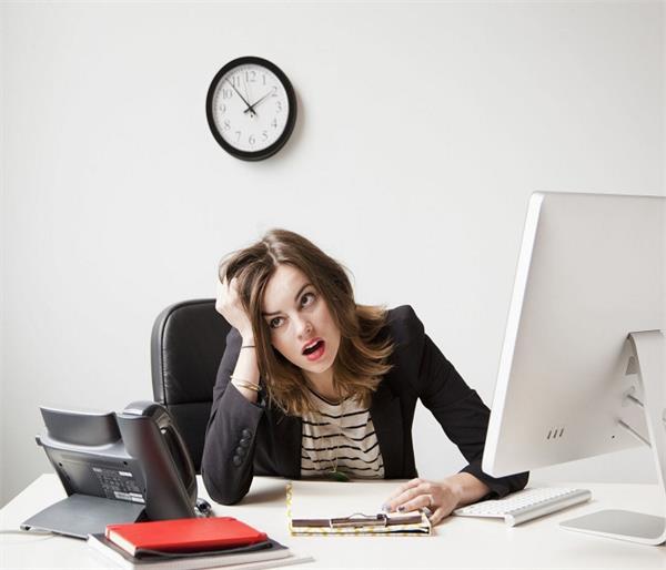 ऑफिस के शैड्यूल में लाएं ये 5 बदलाव, कभी नहीं पड़ेंगे बीमार