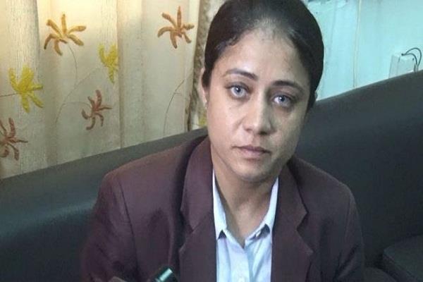 विपासना अौर हनीप्रीत से पूछताछ, पुलिस को नहीं मिला खास सुराग