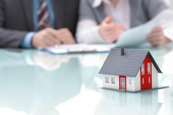 8 शहरों में घरों की बिक्री 35 प्रतिशत घटी